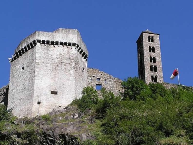 Image 0 - Castello di Mesocco