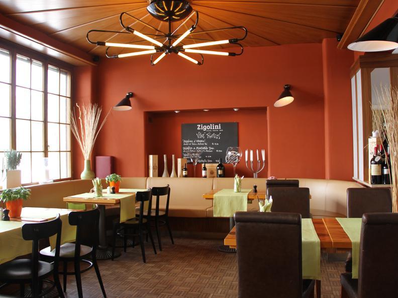 Image 3 - Hotel Touring e Mövenpick Restaurants