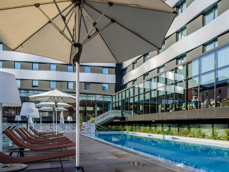 Image 0 - Novotel Lugano-Paradiso