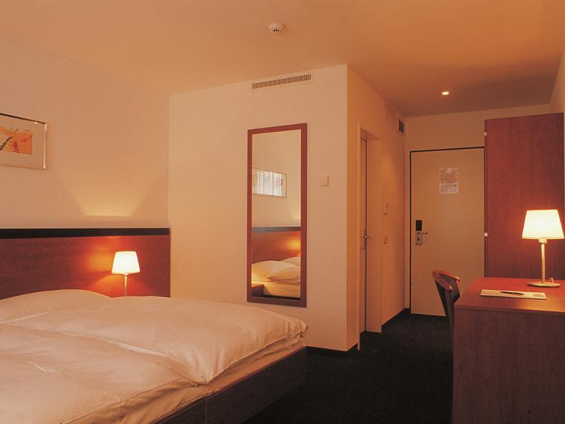 Image 4 - Motel Gottardo Sud