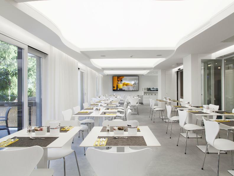 Image 2 - Hotel City Locarno