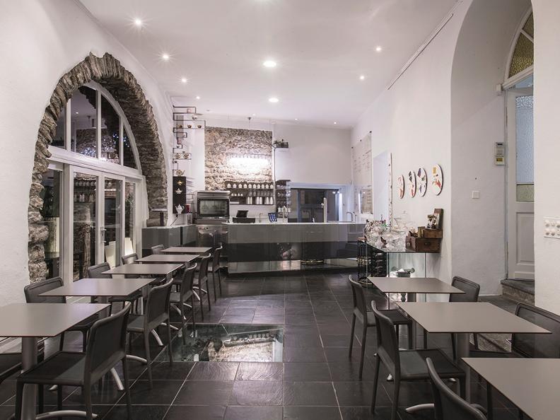 Image 1 - Caffè dell'Arte pop-up venue