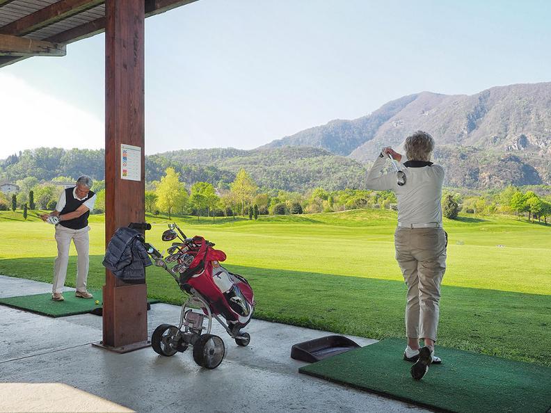 Image 2 - Golf Gerre Losone