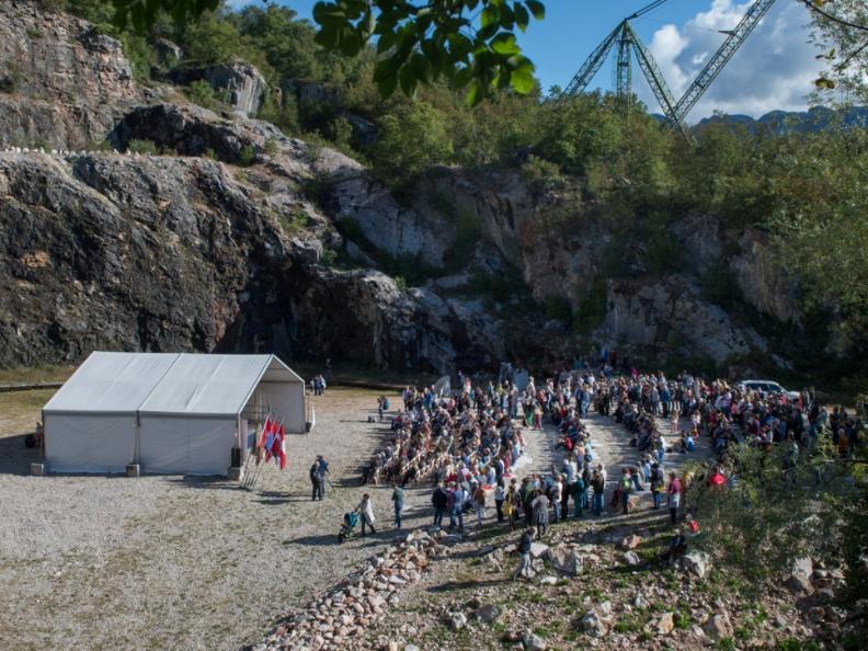 Image 1 - Cave di Arzo