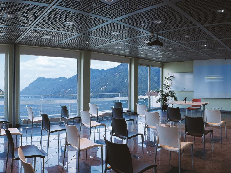 Image 2 - Best Western Hotel Bellevue au Lac