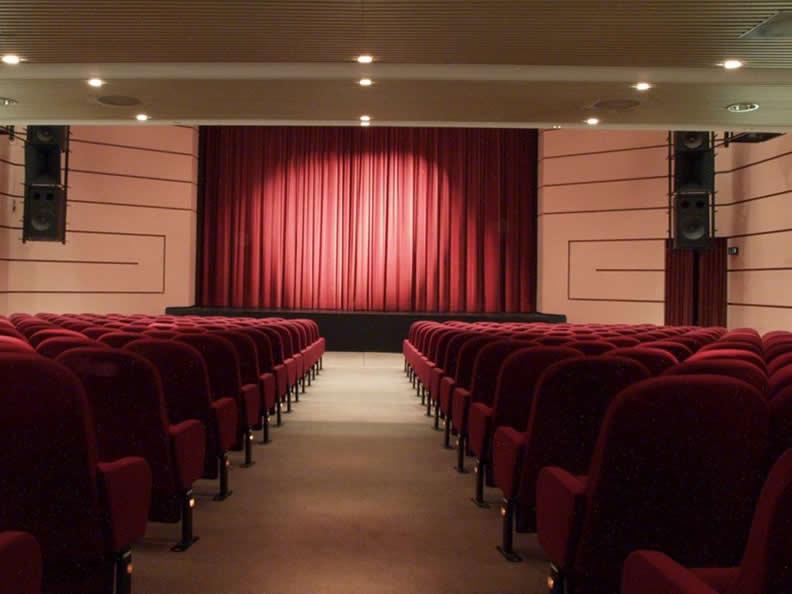 Image 3 - Kursaal Locarno SA - Theatre hall