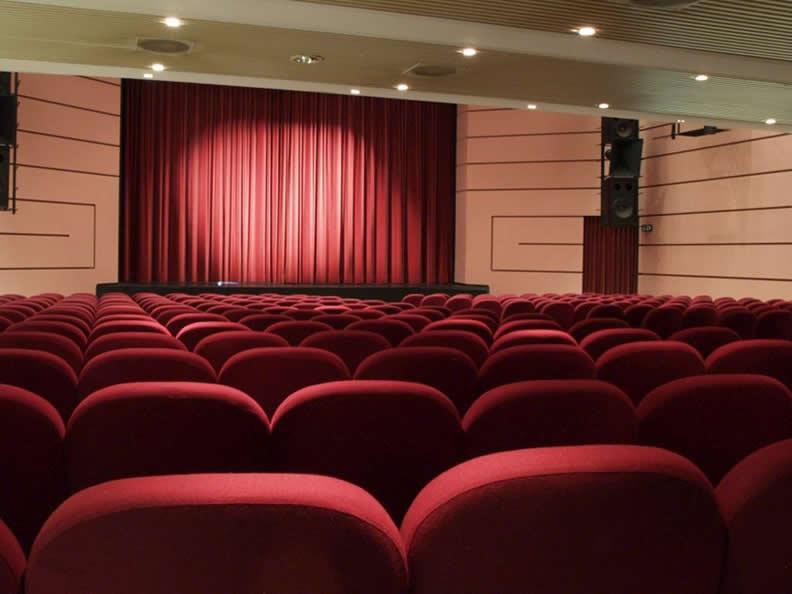 Image 4 - Kursaal Locarno SA - Theatre hall