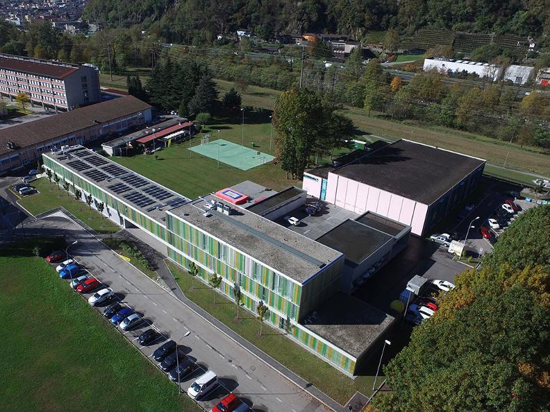 Image 1 - Sportzentrum Gioventù e Sport, Bellinzona