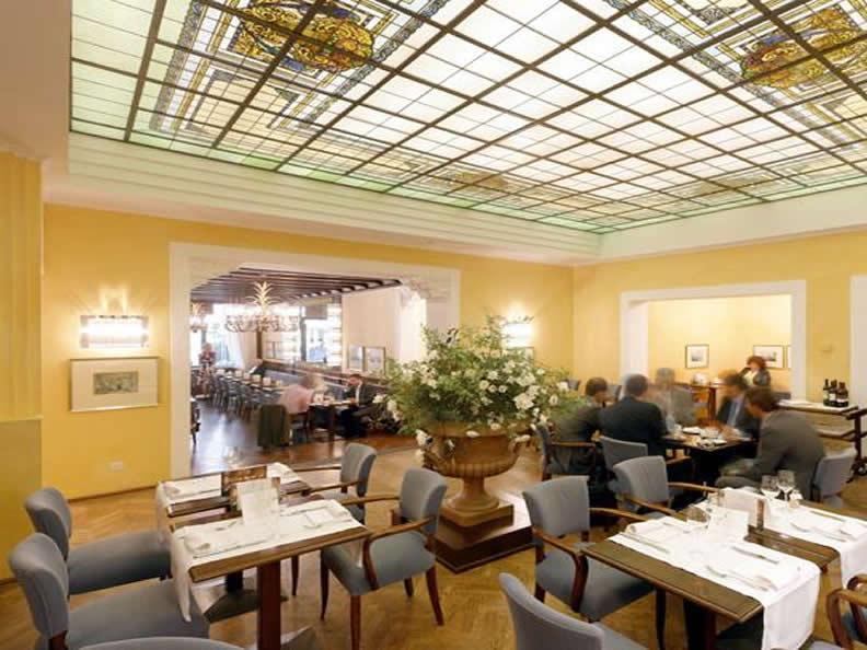 Image 1 - Ristorante Grand Café Al Porto