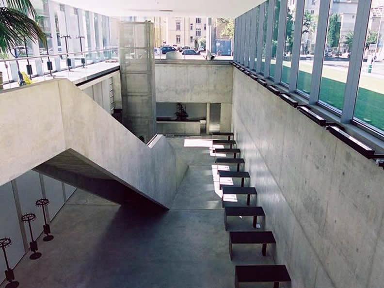 Image 5 - Università della Svizzera Italiana **