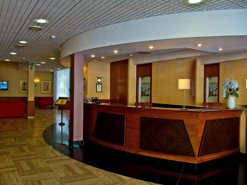 Image 0 - Hotel Admiral Lugano