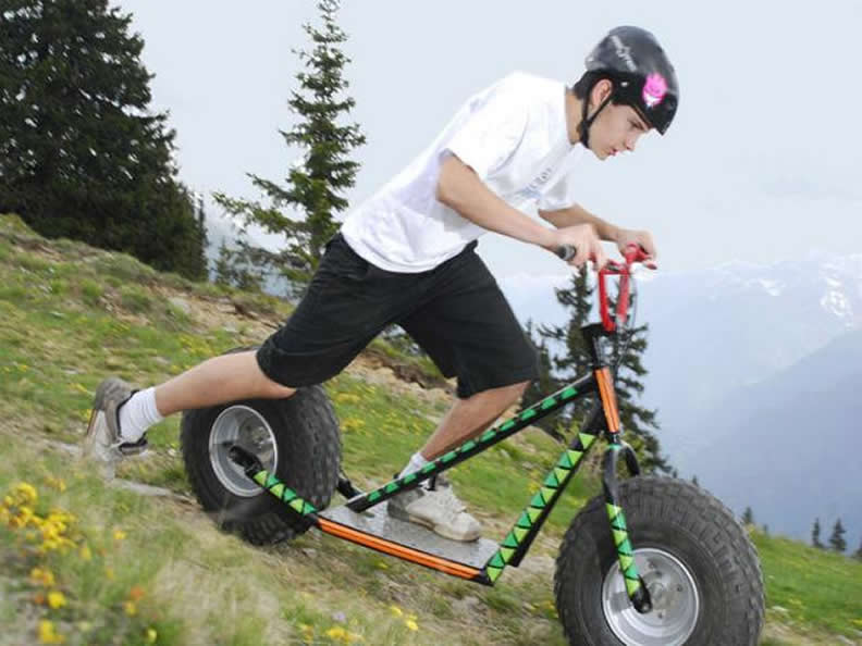 Image 0 - Talfahrt auf dem Monster Roller Bosco Gurin
