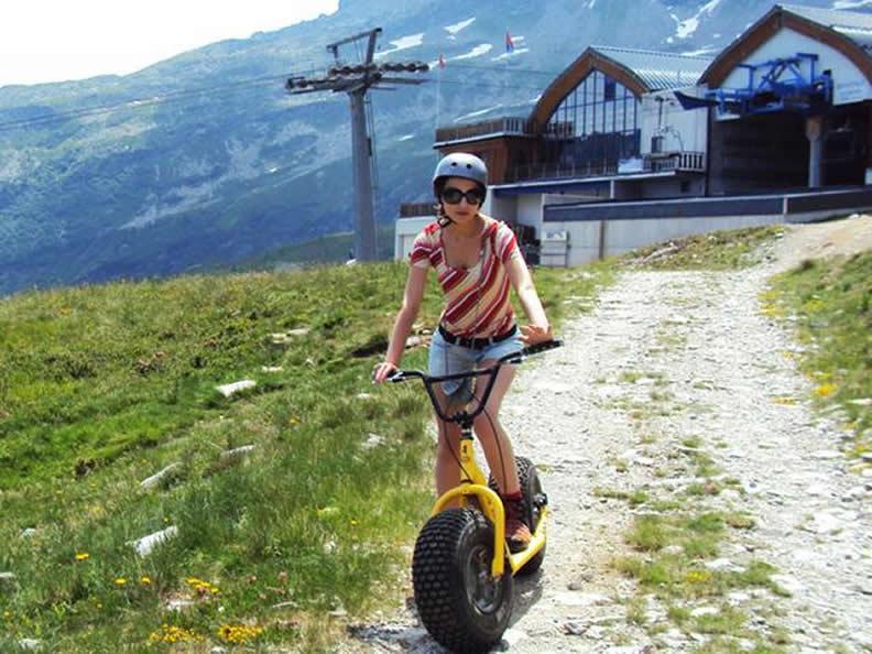 Image 1 - Talfahrt auf dem Monster Roller Bosco Gurin