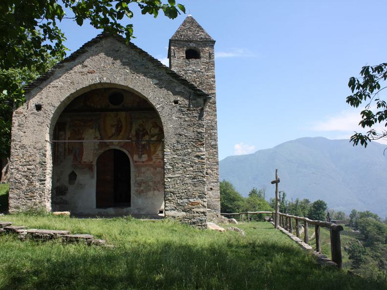 Image 0 - Church of S. Barnàrd
