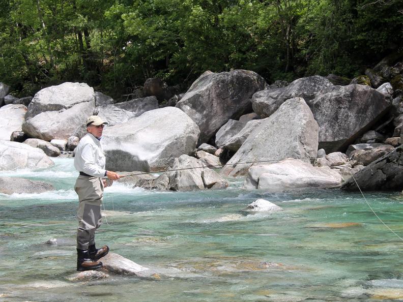 Image 4 - Ticino River Lodge - pescare con guida