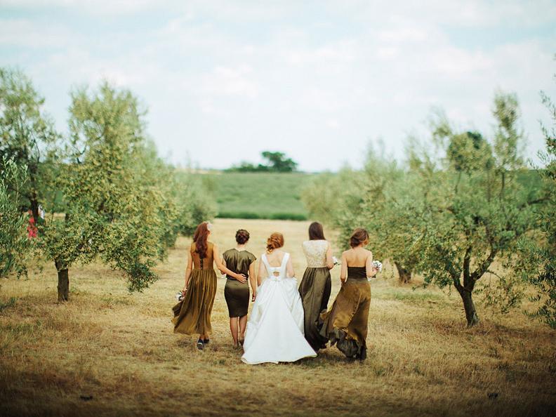Image 2 - Laura Dova Weddings