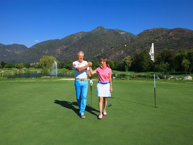 Image 5 - Golf & Team Building