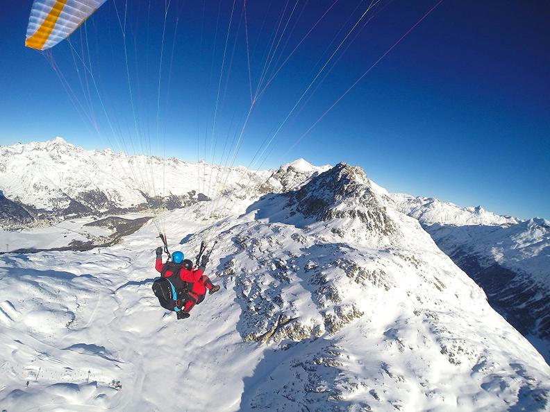 Image 2 - FlyTicino – Parapendio tandem in Ticino