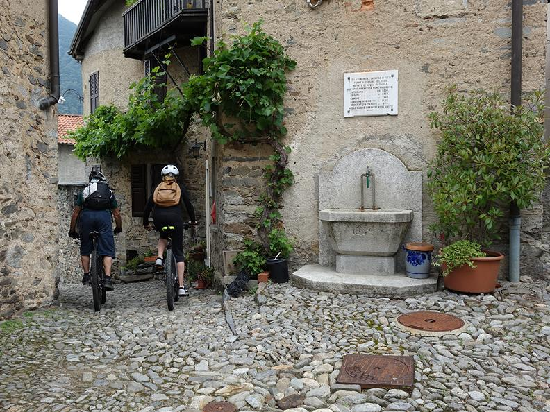 Image 1 - Bike Shuttle Ticino