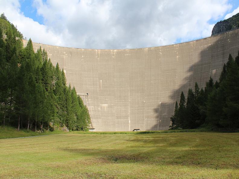Image 5 - Arrampicata sulla diga del Sambuco