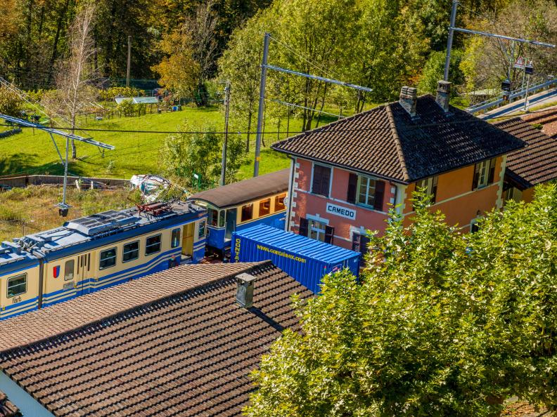 Image 0 - A journey through time aboard the historic train