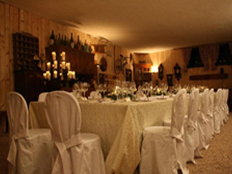 Image 0 - Cantina vinicola Lucchini - L'Enoteca di Via Cantonale