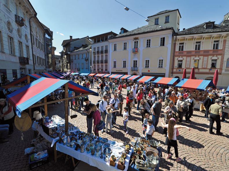 Image 2 - Il mercato di Bellinzona