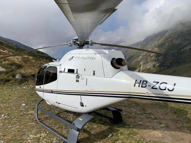 Image 6 - AIR-EVOLUTION LTD - Helicopter flights
