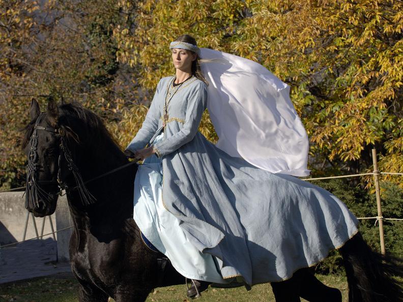 Image 2 - La Spada nella Rocca, Bellinzona (Medieval performance)