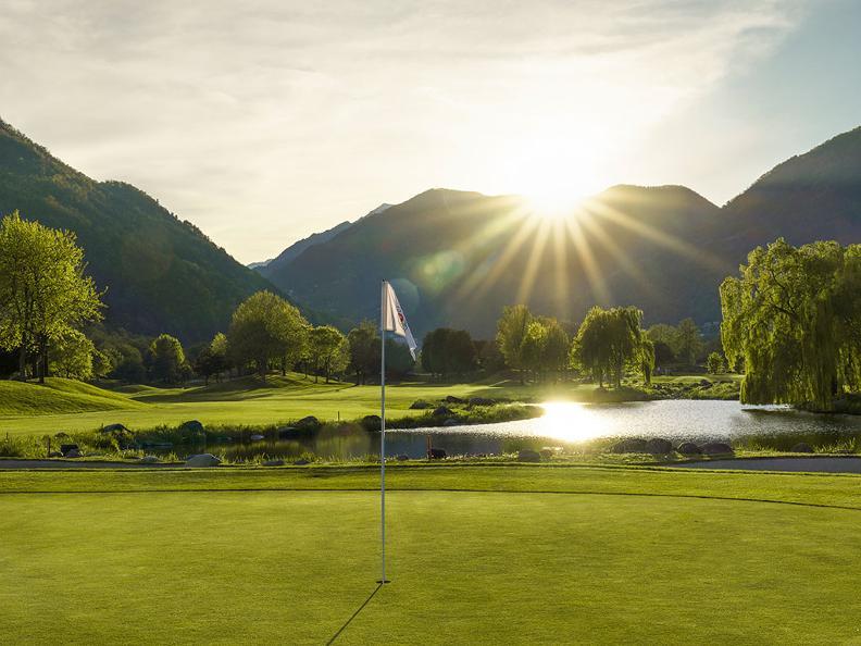 Image 0 - Golf im Tessin