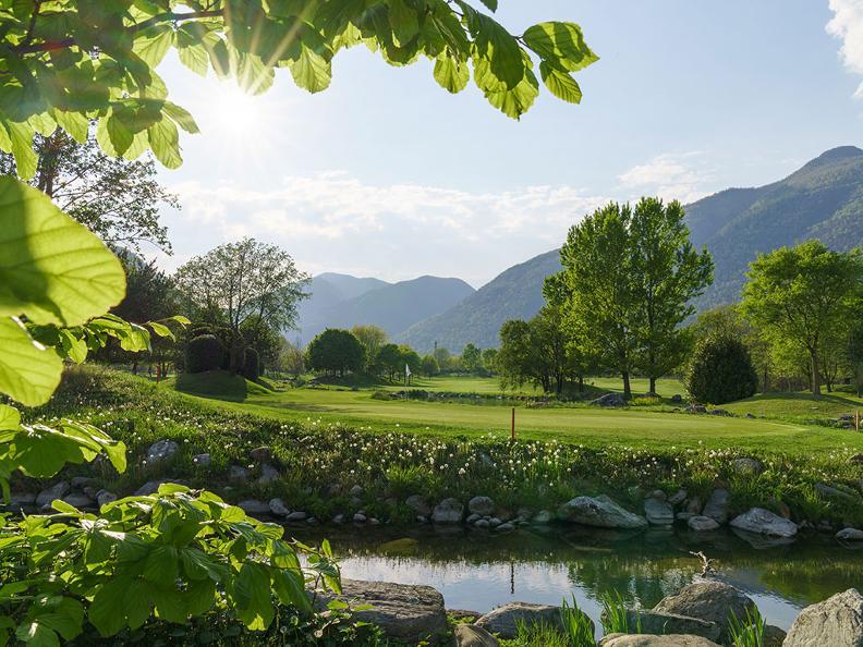 Image 2 - Golf im Tessin