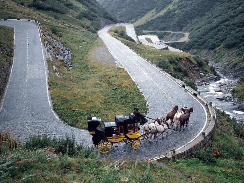 Image 1 - St. Gotthard horse drawn mail coach