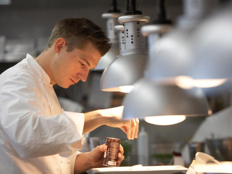 Image 0 - In the kitchen with Ivo Adam