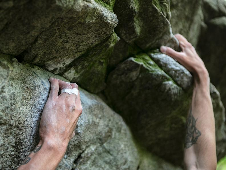 Image 3 - Bouldering in Ticino