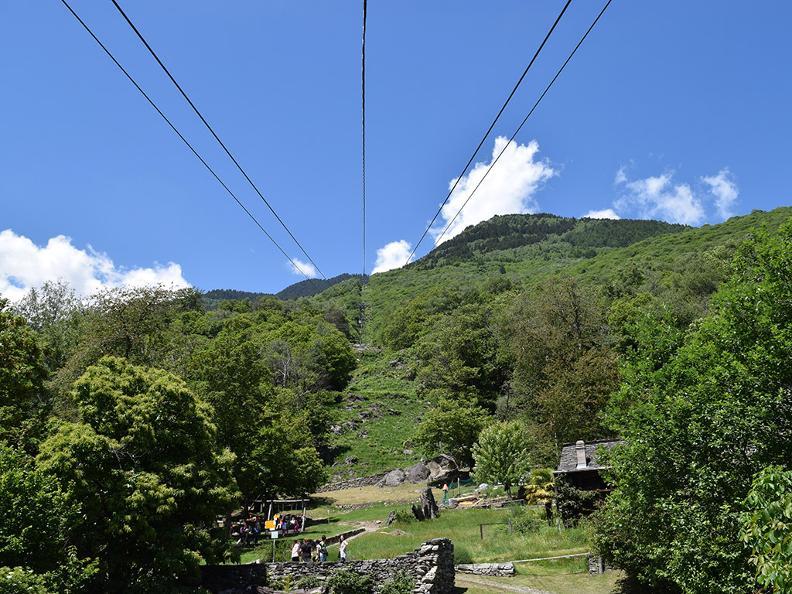 Image 3 - Funivia Monte Carasso-Curzútt-Mornera