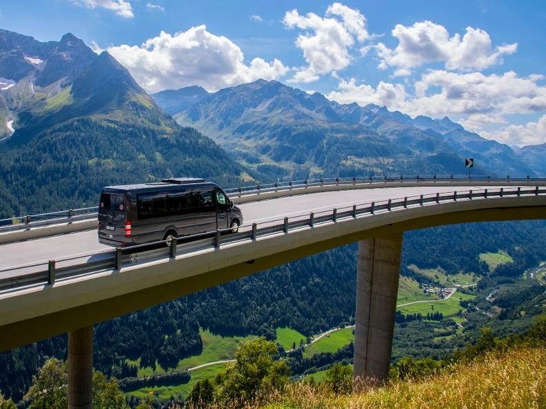 Image 1 - Valbus Viaggi SA