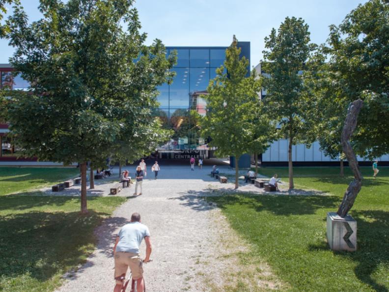 Image 0 - Visit the Università della Svizzera italiana