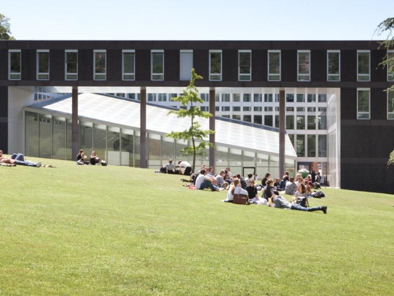 Image 3 - Visit the Università della Svizzera italiana